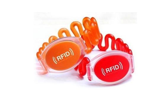 مچبند فنری باشگاهی-دستبند RFID باشگاهی